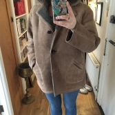 Inspired by one of my friends, I had to have this fab 70s sheepskin coat... it may be my 3rd sure, but doesn't make it less fun.
